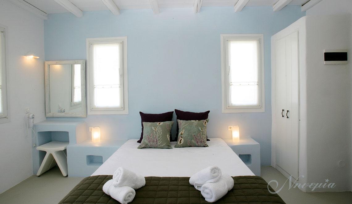 Νηνεμία Suites, Κιόνια Τήνος, Διαμονή & Ξενοδοχείο | Ninemia Suites Kionia Tinos, Hotel accommodation