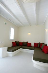 ph-nin-suites19